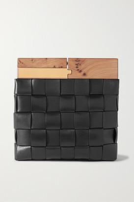 Bottega Veneta Wood Intrecciato Leather Clutch - Black