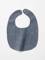 Gap Chambray bib