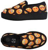 T.U.K. Low-tops & sneakers