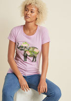 ModCloth Second to Ton Graphic T-Shirt in XS - Short Sleeves Mid-length