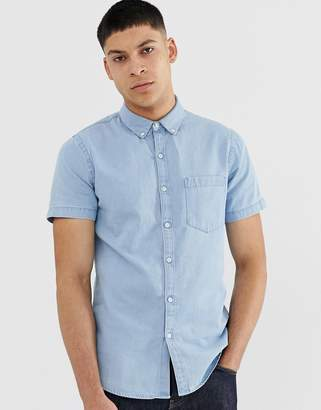 New Look regular fit short sleeve denim shirt in blue wash