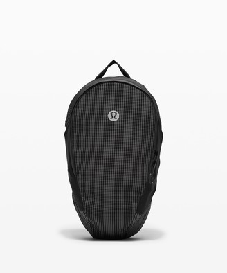 Lululemon Fast and Free Backpack 13L *Spectra