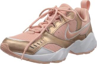 Nike Women's AIR Heights Sneaker