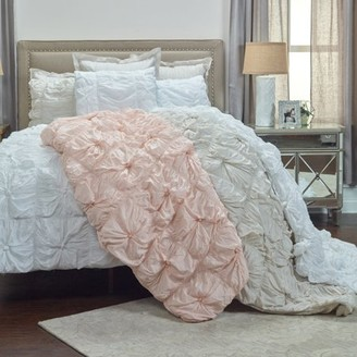 Rizzy Home Soft Dreams 2-3 Piece Bedding Set