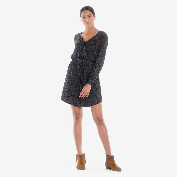 Le Temps Des Cerises Leopard Print Mini Dress with V-Neck
