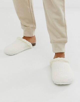 Women'secret fluffy borg hard sole slippers in cream-Pink