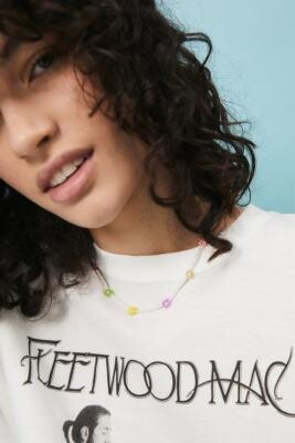 Urban Outfitters Beaded Flower Necklace - White ALL at