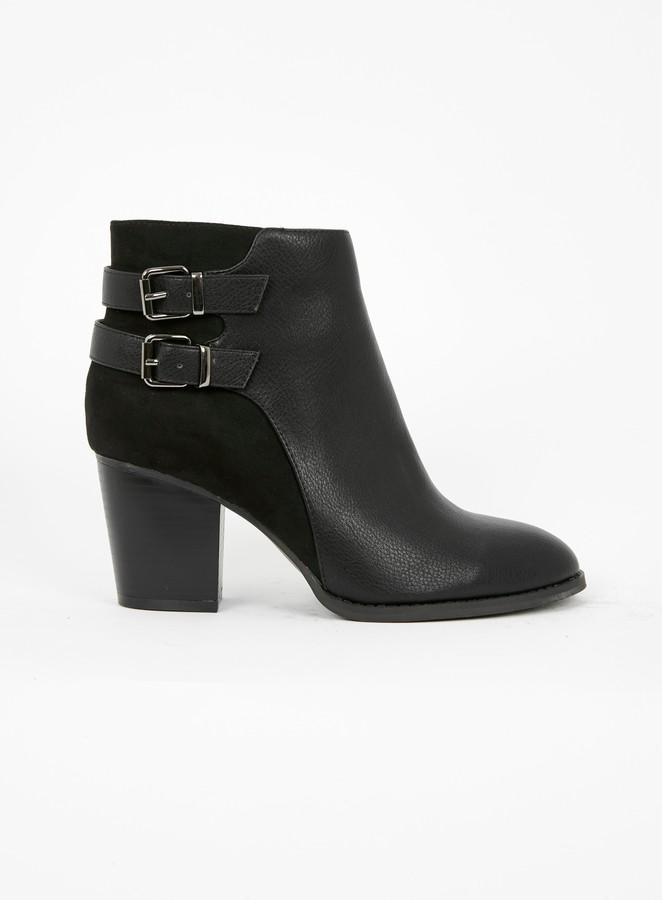 Evans WIDE FIT Black Strap Heeled Ankle Boots