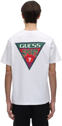 GUESS PRINTED TRIANGLE GRAPHIC T-SHIRT