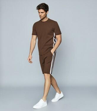 Reiss Daniel - Striped Jersey Shorts in Chocolate
