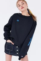 Champion & UO Powerblend Crew-Neck Sweatshirt