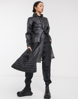 Rains clear hooded coat in foggy black
