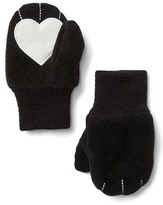 Gap Pro Fleece heart mittens