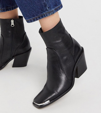 CHIO Exclusive square toe western boots in black leather with toe cap