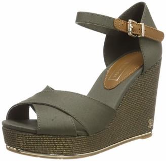 Tommy Hilfiger Women's Feminine Wedge Basic Platform Sandals