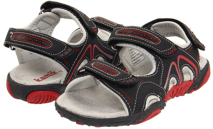 Kamik Tugboat (Toddler/Little Kid/Big Kid) (Black) - Footwear