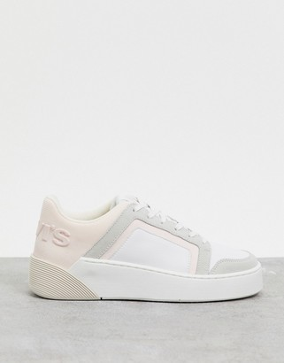 Levi's mullet chunky trainers in white