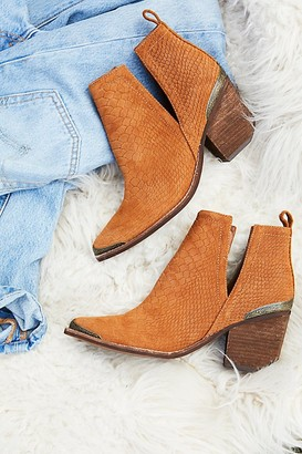 Jeffrey Campbell Hunt The Plains Boots