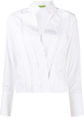 GAUGE81 V-neck pleated shirt