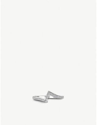 Vashi Lovestrike platinum and diamond ring