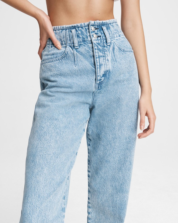 Thumbnail for your product : Rag & Bone Darted 90s jean - venus