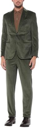 0909 FATTO IN ITALIA Suits