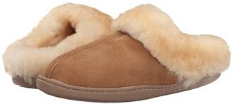 Minnetonka Sheepskin Mule (Golden Tan) Women's Shoes