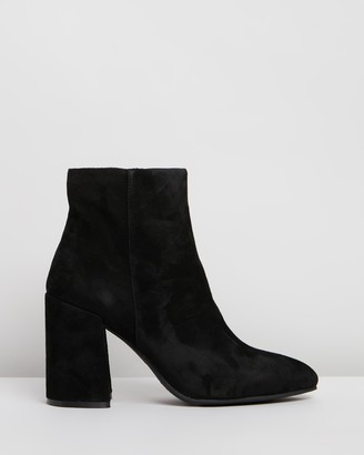 Steve Madden Therese