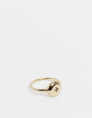 Pieces ring with diamante in gold