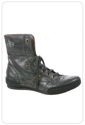 OTBT Columbia Boots in Dark Grey