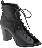 Steve Madden Steven by Scandalous