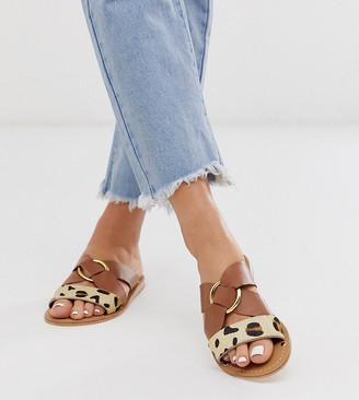 Asos Design DESIGN Wide Fit Frankie leather ring detail flat sandals-Multi