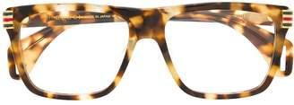 Gucci wayfarer frame glasses