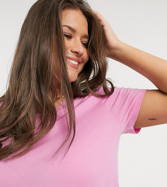 Vero Moda Curve t-shirt with roll sleeve in pink
