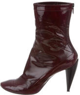 CNC Costume National Leather Round-Toe Ankle Boots