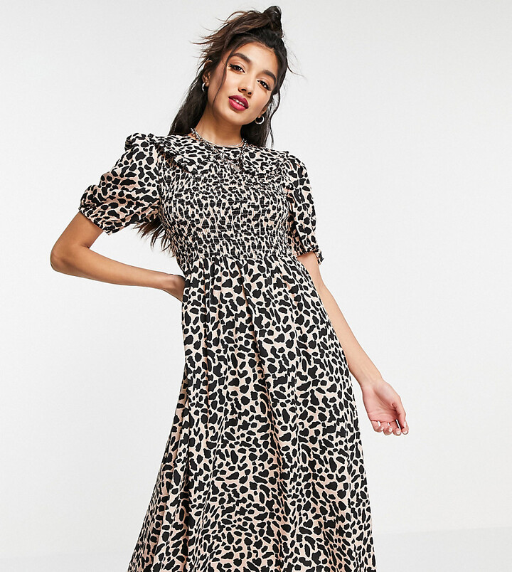 Wednesday's Girl midi dress with shirring and collar in animal print