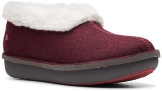 Clarks Step Flow Low Faux Fur Lined Slipper