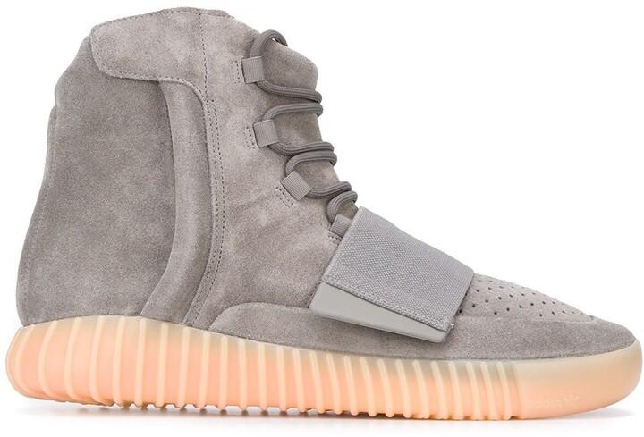 """Yeezy Boost 750 """"Grey Gum"""" sneakers"""