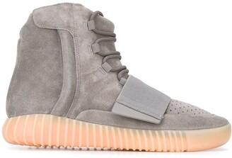"""Adidas Yeezy Yeezy Boost 750 """"Grey Gum"""" sneakers"""