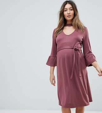 Mama Licious Mama.Licious Mamalicious choker midi shift dress with frill sleeve in pink