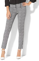 New York & Co. 7th Avenue Pant - Legging - Pull-On - Linear Print