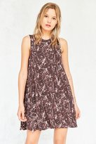 Silence & Noise Silence + Noise Sleeveless Print Swing Dress