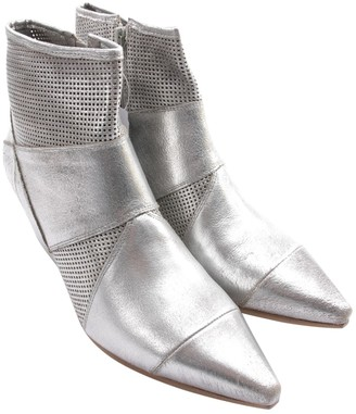 Vic Matié Metallic Leather Ankle boots