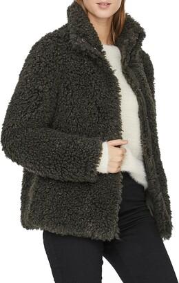 Vero Moda Barry Tiffany Short Teddy Jacket