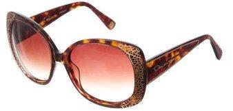 Oscar de la Renta Oversize Logo Sunglasses