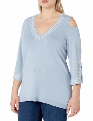Love Scarlett Women's Size Plus 3/4 Sleeve Pull Over with Embroidery