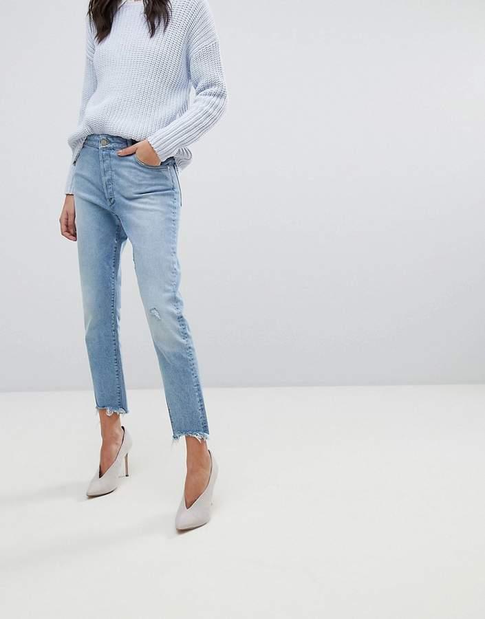 DL1961 Bella Crop Vintage Look Slim Jean with Raw Hem