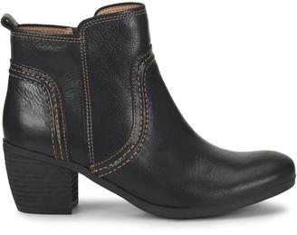 Comfortiva Arnon Leather Bootie