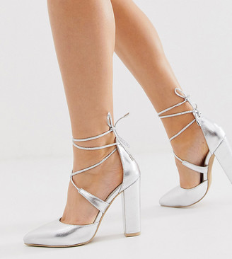 Glamorous Wide Fit silver block heeled tie up pumps