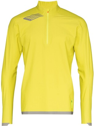 Soar Elite windbreaker running top